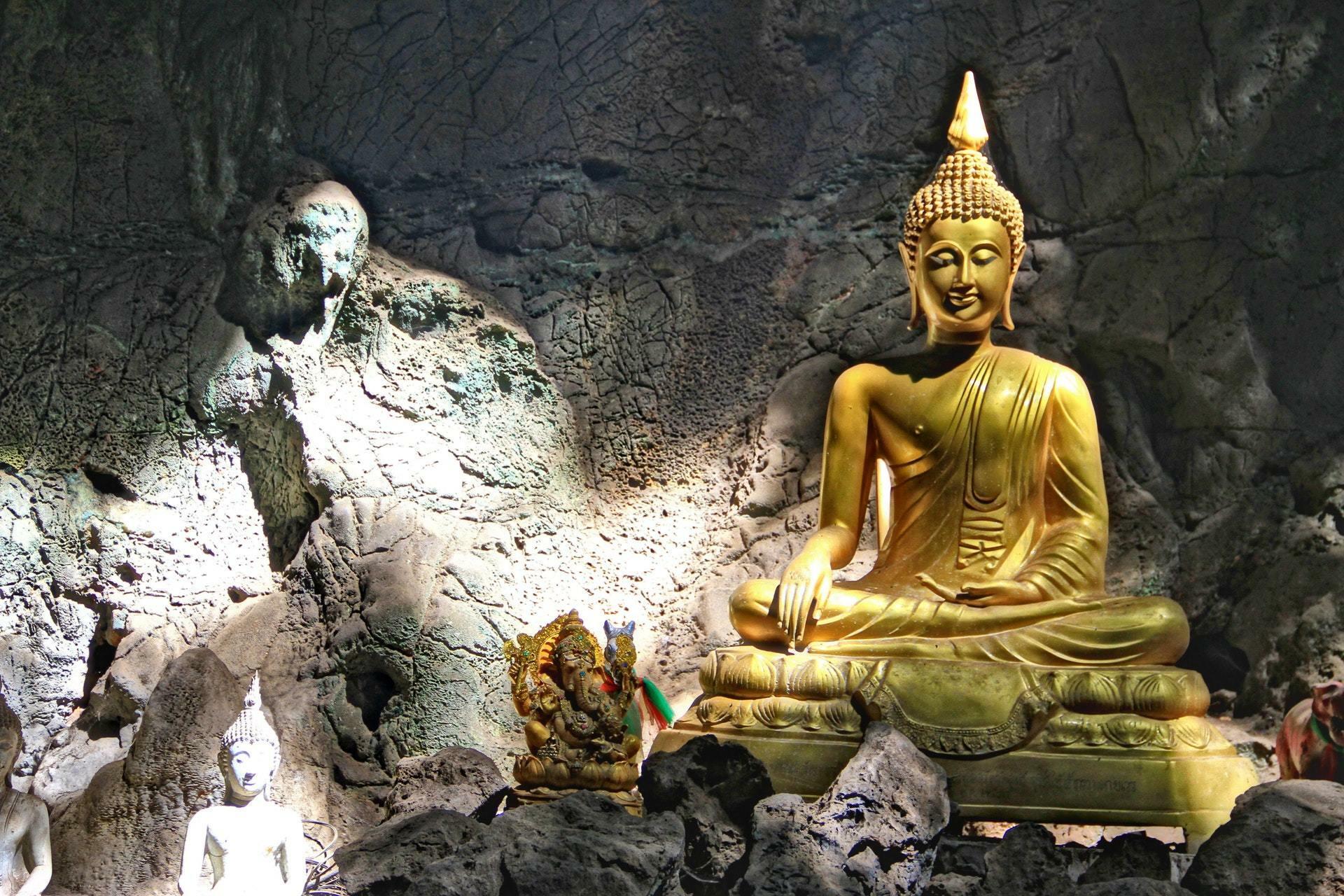 Dambulla Buddha Photo